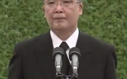 นายโฮโด นากามุระ  ผู้ว่าราชการจังหวัดนางาซากิ