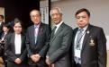 คณะผู้แทนจากกรุงเทพมหานคร ร่วมถ่ายภาพและมอบของที่ระลึก ให้แก่นายคาสุมิ มัทสึอิ นายกเทศมนตรีเมืองฮิโรชิมา (ประธานองค์การ Mayor for Peace)